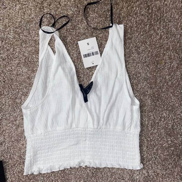 Forever 21 Tops - New w tag crop
